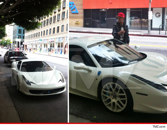 0202 lil za justin bieber ferrari tmz 3 Justin Bieber Cursed White Ferrari Pulled Over AGAIN! Saturday 1.2.13