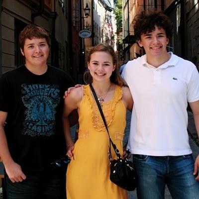 08-pinsky-teenagers