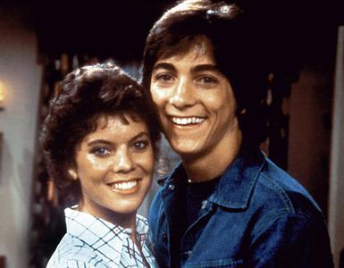1329154939_314927528_1-Pictures-of--Joanie-Loves-Chachi-complete-with-Scott-Baio-and-Erin-Moran