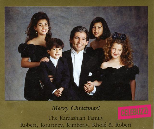 1355861584_kardashian-family-christmas-card-640