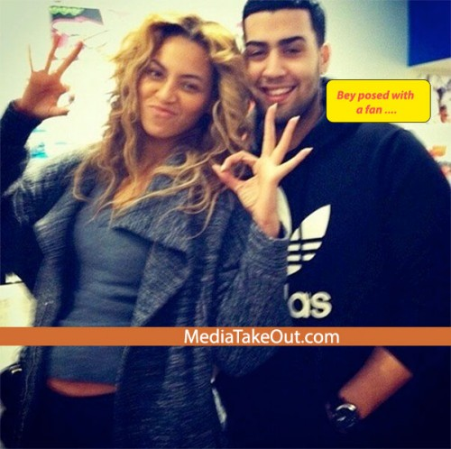 1361626975b93d91bb2a 500x498 Beyonce Throwing Up Illuminati Hand Signs