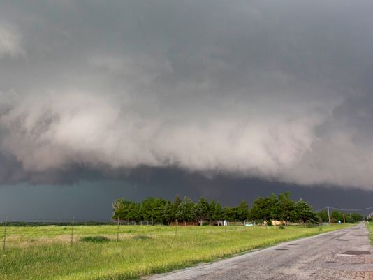 1370370575000-AP-Oklahoma-Tornado-Chase-Industry-1306041708_4_3_rx404_c534x401