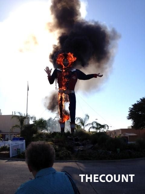 156483 10151126402317690 1488609372 n GOODBYE BIG TEX 1952 Texas State Fair Icon Burns Down