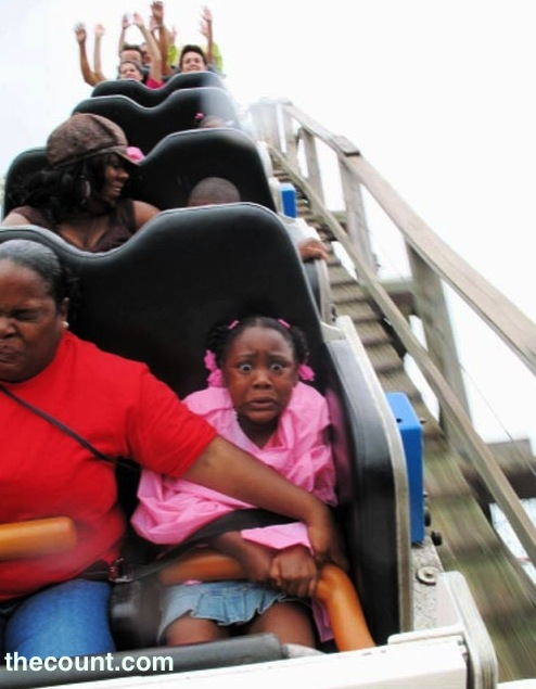 200941510026 thumbs funny hilarious kid child pics 1461 Greatest Ever Roller Coaster Auto Photo Moments