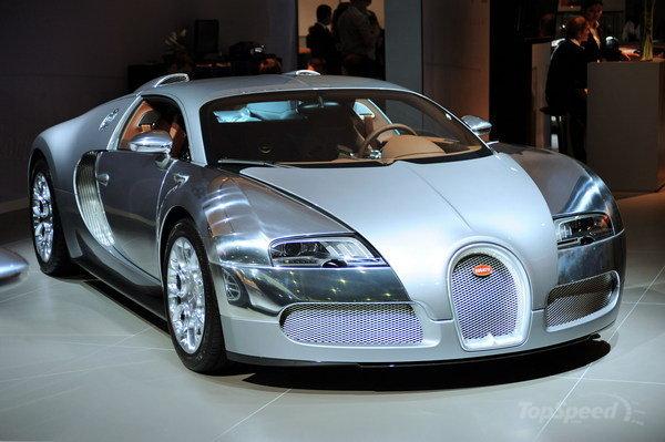 2010 bugatti veyron sang 1 600x0w Honey, I Just Totalled Our $2 Million Bugatti Veyron