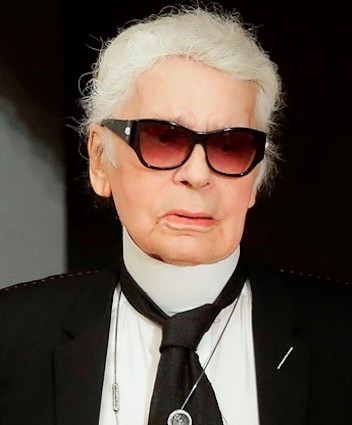 493026dc1f3 Chanel  Karl Lagerfeld Dead At  Around 85