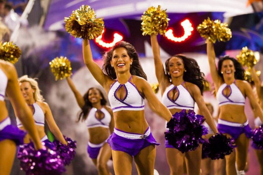 3618-baltimore-ravens-cheerleaders