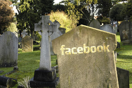 6a00e5506f08e8883401543302f3a4970c 800wi How To Kill Your Friends On Facebook Prank