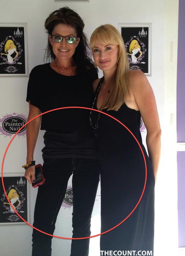 A4oyKSHCMAAEw8G Sarah Palin SCARY SKINNY!