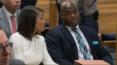 Adrian Peterson IN COURT 5