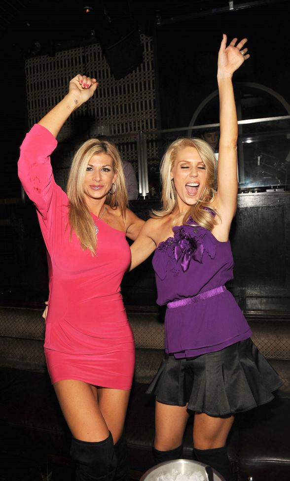 Alexis-Bellino-_-Gretchen-Rossi-at-LAVO-588a