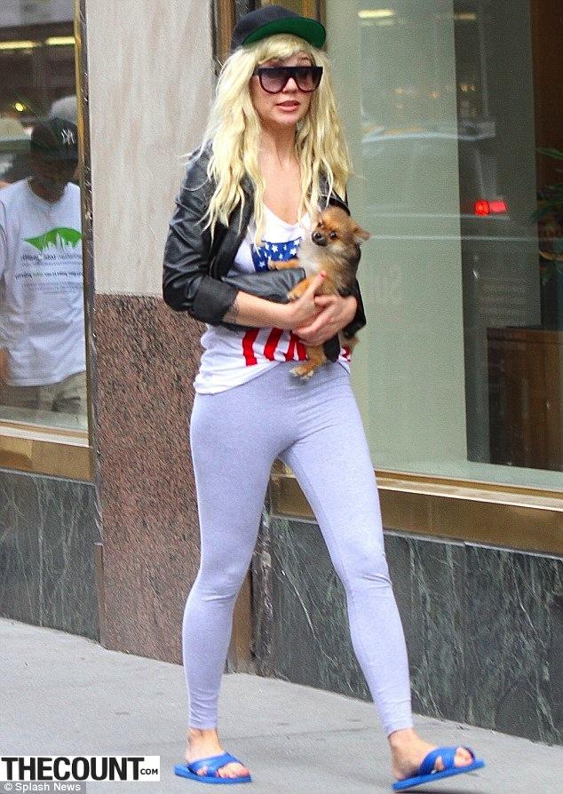 Amanda Bynes puppy