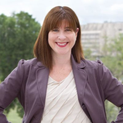 Amy Dacey resigns