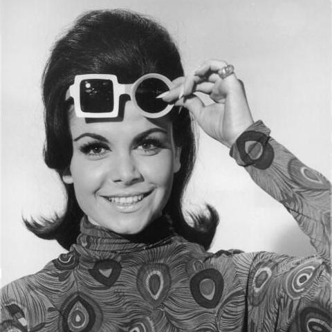Annette-Funicello-1960-