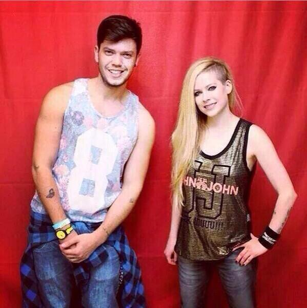 Avril Lavigne $400 Meet And Greet 2