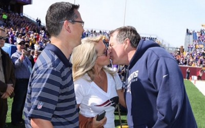 Belichick daughter Super Bowl kiss 7 400x250 Belichick: I Kissed A Girl And It Was My Daughter