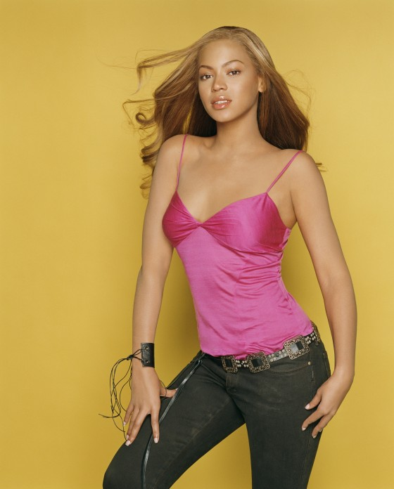 Beyonce Knowles - Hot Matthew Rolston Phootshoot-03-560x696