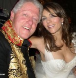 Bill Clinton and Liz Hurley 155x160 Woman Pictured In Bill Clintons Meathooks FILES FOR DIVORCE