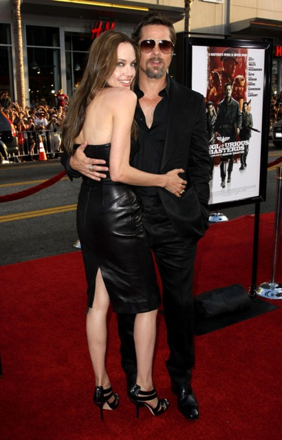 are brad pitt and angelina jolie married. Brad Pitt Angelina Jolie