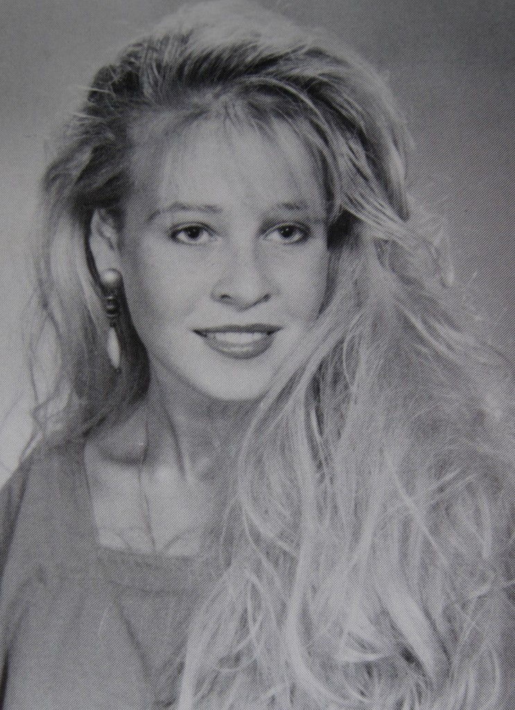 CHELSEA-HANDLER-YEARBOOK-PHOTO-743x1024