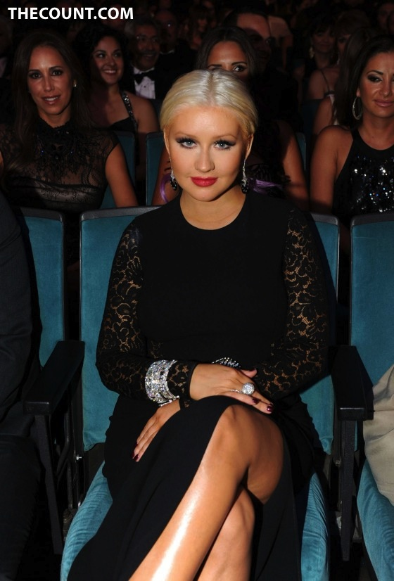 CHRISTINA AGUILERA: BIGGER Than Ever!