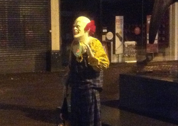 Clown-Terrorizes-Town-in-Britain-Explains-Wanting-to-Amuse-People-in-Interview-384331-2