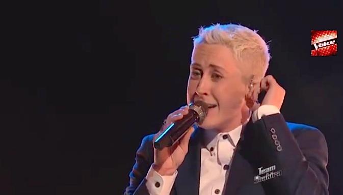 Country singer Kristen Merlin the voice