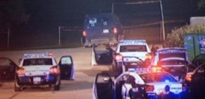 Dallas police station shootout 2
