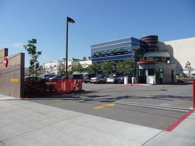 Deluxe 5433 Fernwood Avenue Hollywood