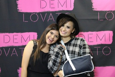 Demi Lovato cast arm