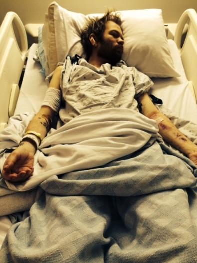 Deryck Whibley hospital 3