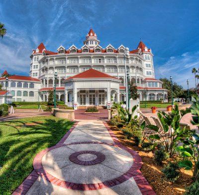 Disney grand floridian resort aligator child