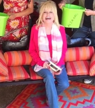 Dolly Parton ICE BUCKET CHALLENGE   5