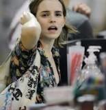 Website Threatening To Release Emma Watson Photos HOAX