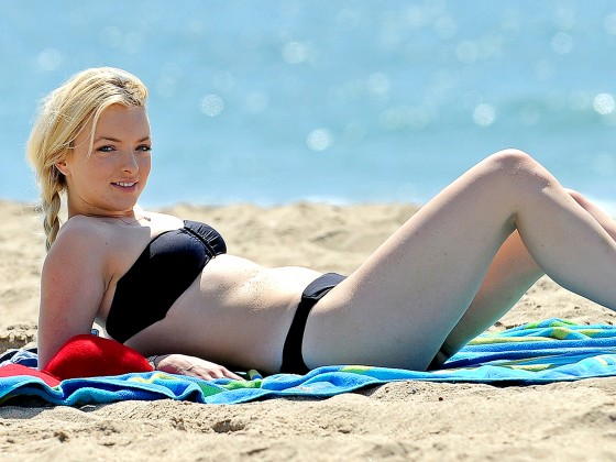 Francesca Eastwood Black bikini in California 08 560x420 Clint Eastwood Daughter Notice Me Black Bikini
