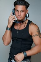 GetImage 2 132x200 DJ Pauly D With Drake New Years Las Vegas 2012
