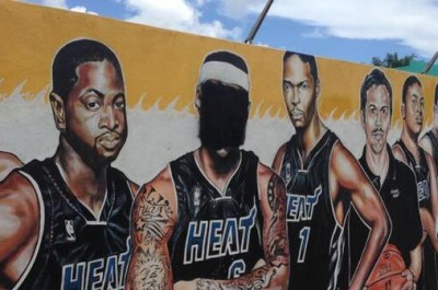 Heat Fans DEFACING Lebron James