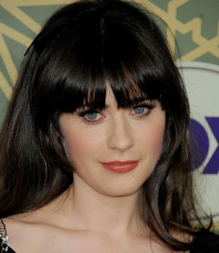 Jan 08 FOX All Star Party zooey deschanel 28361341 2222 2560 Did Zooey Deschanel Get Plastic Surgery?
