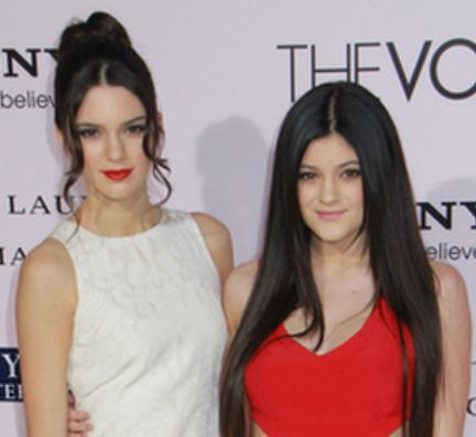 Jennersisters Kendall Kylie JENNER Hosting UNDERAGE RAVES At Malibu Beach House