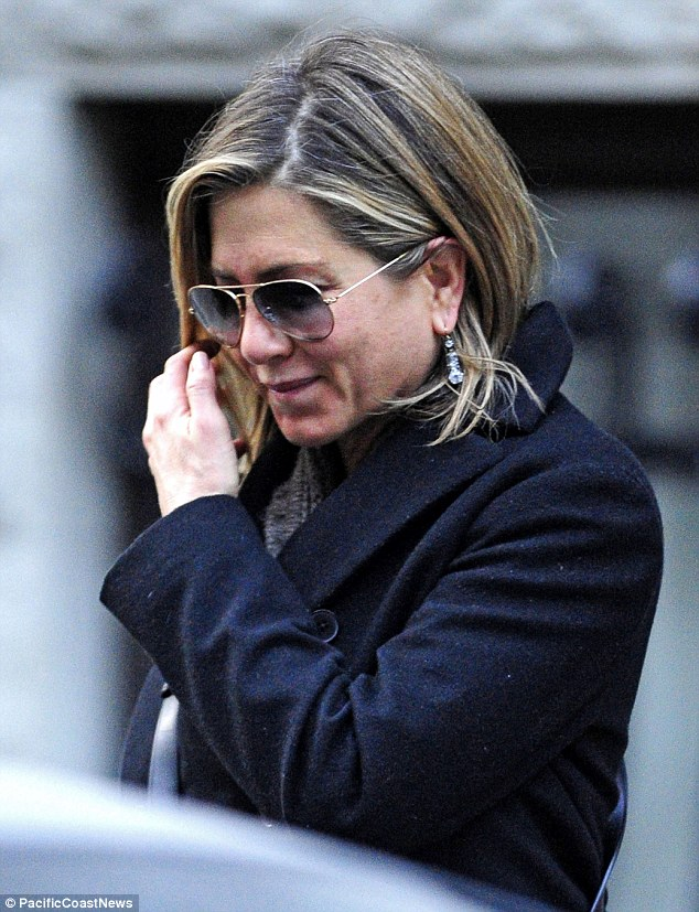 Jennifer Aniston is having a skin crisis