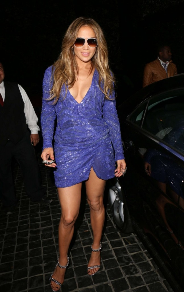 Jennifer-Lopez-at-Cecconi-in-West-Hollywood-13-720x1138