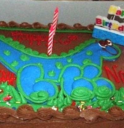 John Albrecht  Jessica Eckerdt costco cake 3