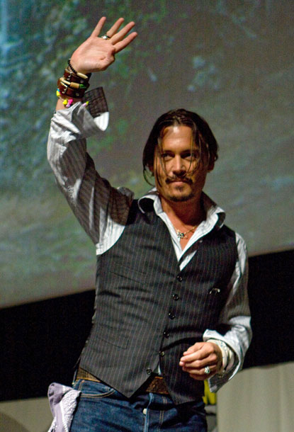 Johnny_depp_comic-con_alice_wonderland
