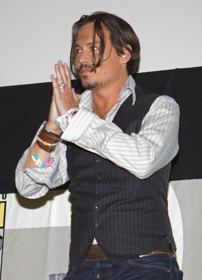 Johnny_depp_comic-con_alice_wonderland4