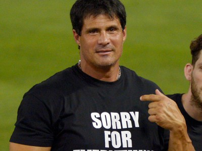 Jose Canseco finger