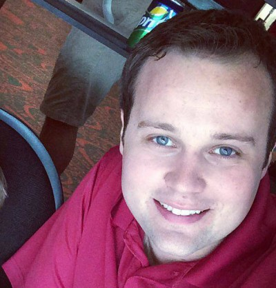Josh Duggar ashley madison 400x418 Ashley Madison Cheater List Includes ALL THIS And More