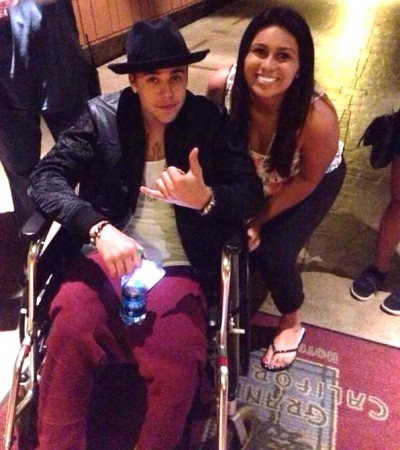 Justin-Bieber-Wheelchair-Disneyland 2
