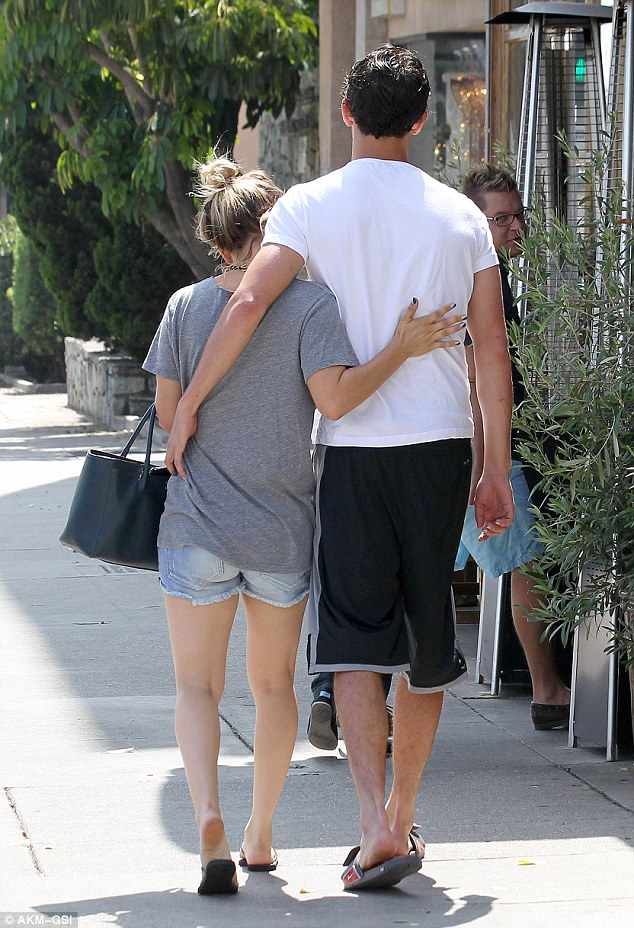 Kaley Cuoco new boyfriend2