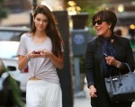 Kendall Jenner - With Her Mom in NYC-02-560x445