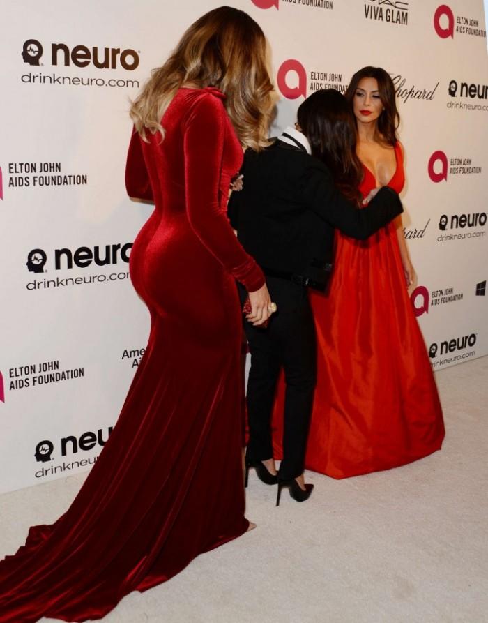 Khloe,-Kim-&-Kourtney-Kardashian--2014-Elton-John-AIDS-Foundation-Academy-Awards-Party--06-720x919